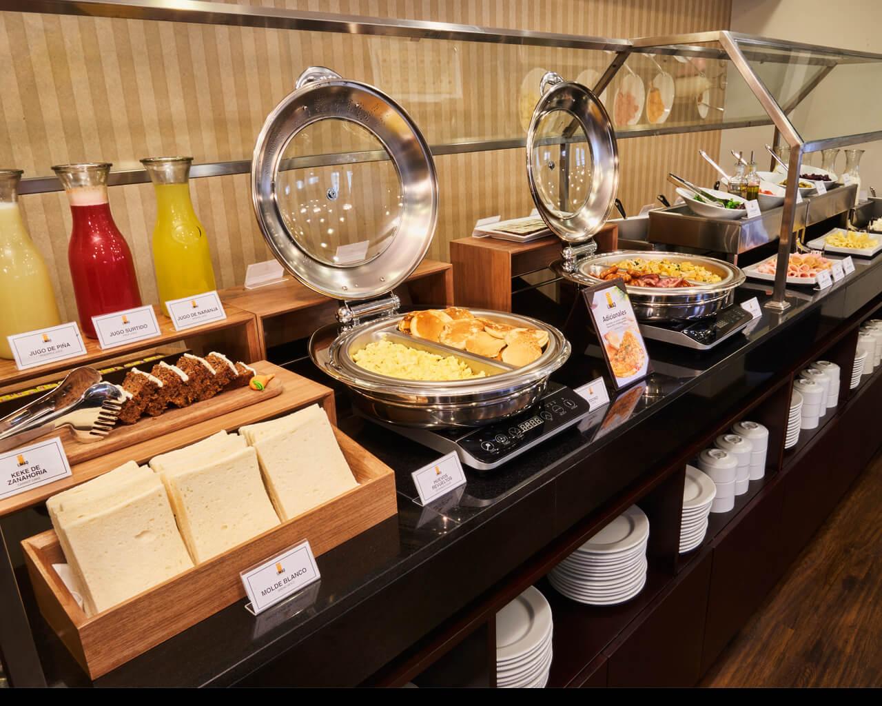 el desayuno buffet del hotel limaq